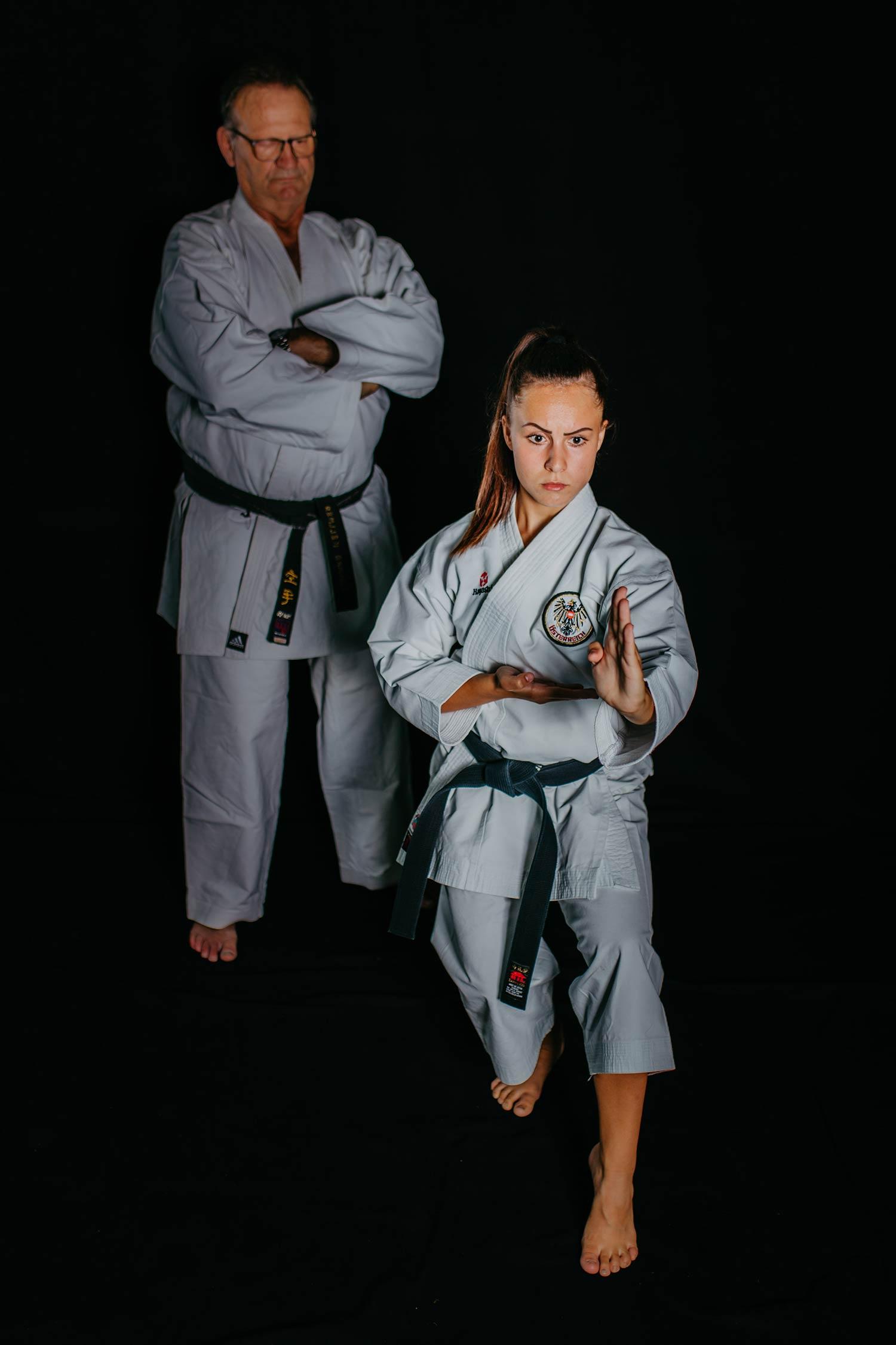 Funda Celo mit Trainer Erhard Kellner im Hintergrund